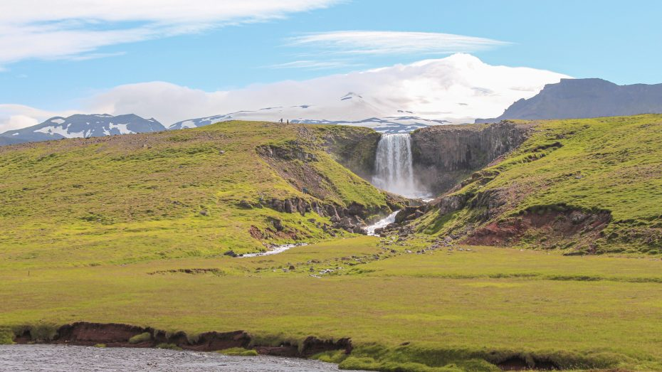Unikke hoteller i Island med udsigt til vandfald